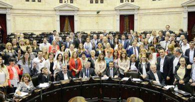 """Diputada Brezzo: """"En la Cámara de Diputados votamos a favor de la Ley de Paridad de Género"""""""