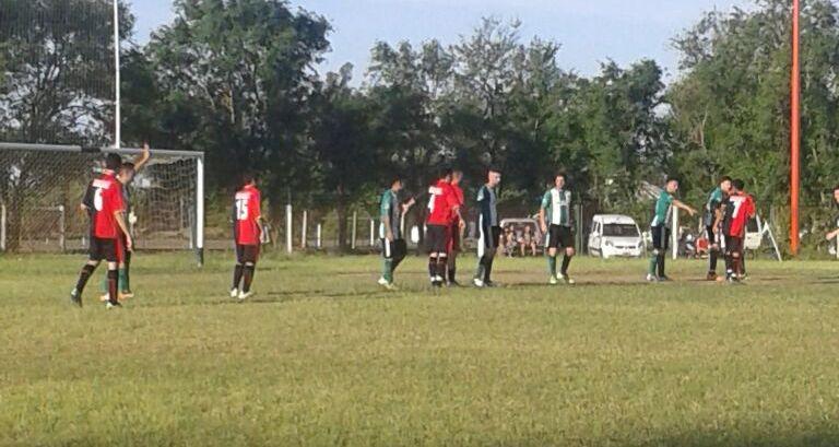 Futbol Primera A: Centro Social recibe al 9 de Freyre en el primer choque semifinal