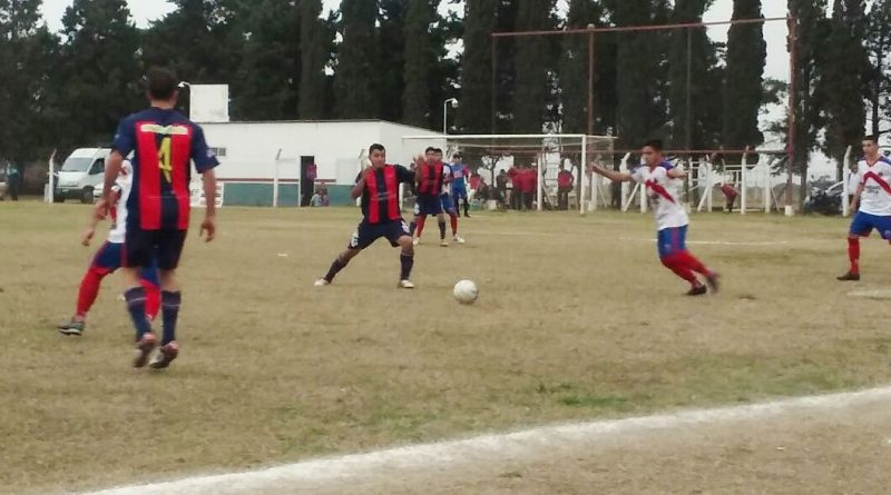 Futbol Primera B: San Jorge va a Porteña con la cabeza en el ascenso