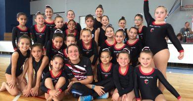 Gimnastas de Centro en el «1* Encuentro Nivel Escuela» en Porteña