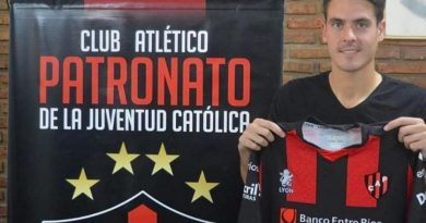El brinkmanense Julian Chicco ya firmó con Patronato