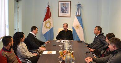 Tévez y Directivos de «La Nueva Esperanza» gestionan ante el Ministro Avalle
