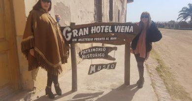 Moria Casán pasó por Miramar y visitó el Hotel Viena