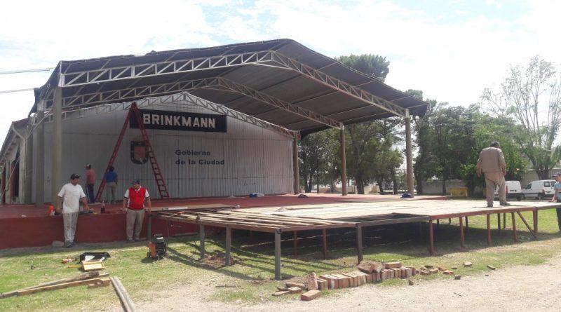 Brinkmann palpita el Festival Nacional del Humor y la Canción – Comenzó el armado del predio