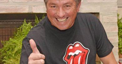 Dj Cule Burgener recibe el «botón» de plata de YouTube