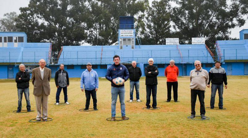 """Jugadores del Nueve se reunieron para recordar los 40 años de la """"Villa de los Deportes"""""""