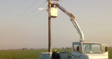 CoopBrinkmann trabaja en mantenimiento de líneas rurales de Seeber