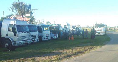 🔊 Camioneros realizan cortes de ruta en reclamo de aumentos tarifarios