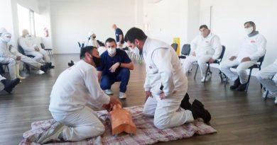 🔊 – Personal de La Piamontesa recibió capacitaciones en RCP e incorporó un desfibrilador