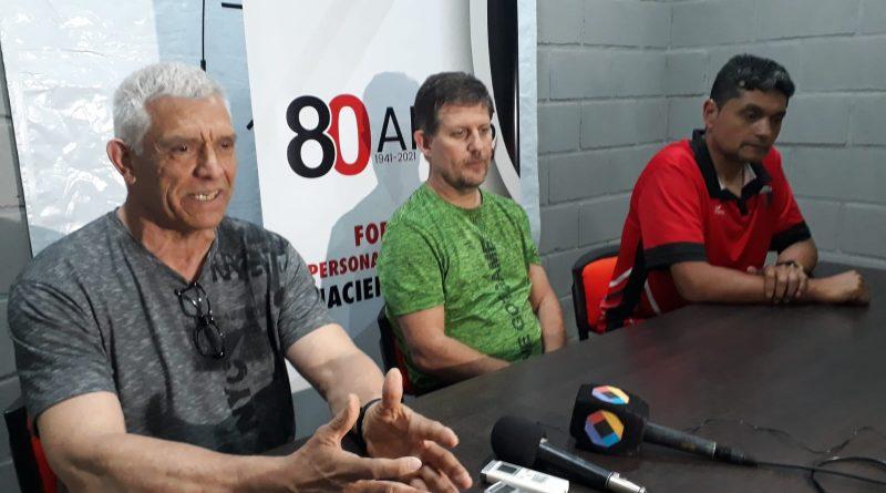 Centro organiza el fin de semana «Curso de árbitro de Newcom»